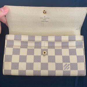 Louis Vuitton Damier Azur Sarah Continental wallet